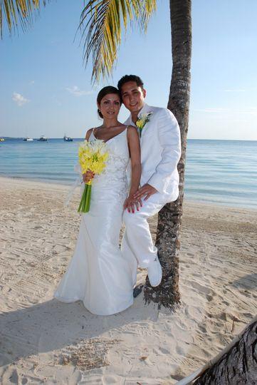 The Ochoas had an amazingly unforgetable destination wedding in Jamaica. She was breathtaking!