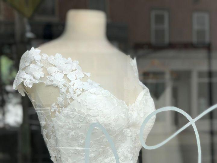 Tmx 1533579945 E89e9d31aa5d6ba4 1533579941 817217402d588a55 1533579925848 1 IMG 2219 Philadelphia wedding dress