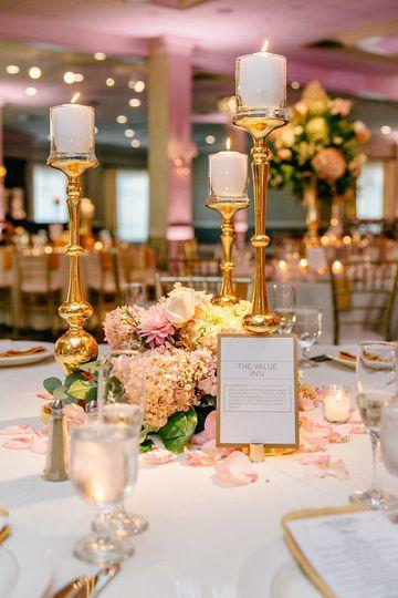 43ea151d8983d7fa table setting with menu