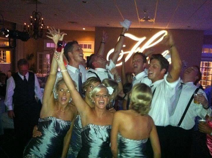 holler wedding dancing