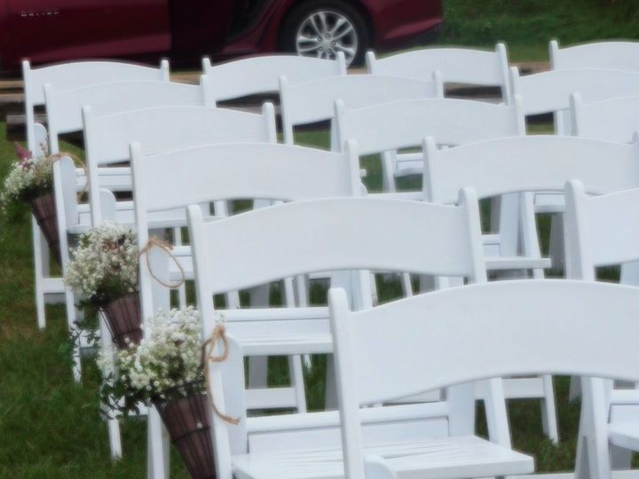 Tmx 1538402975 63b71725fc31724f 1538402601 6e7f5df4dbb52bf4 1538402599 Df6e4121e2f3ef25 153840 Shelby, MI wedding planner