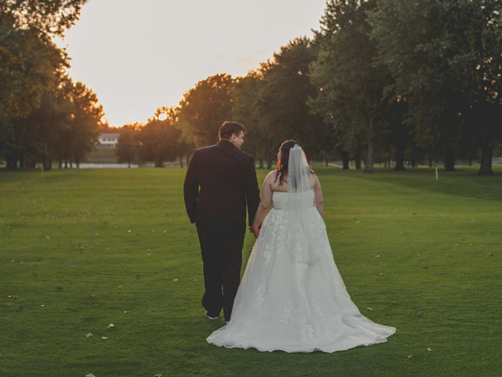 Tmx Mas 481 51 967099 Shelby, MI wedding planner