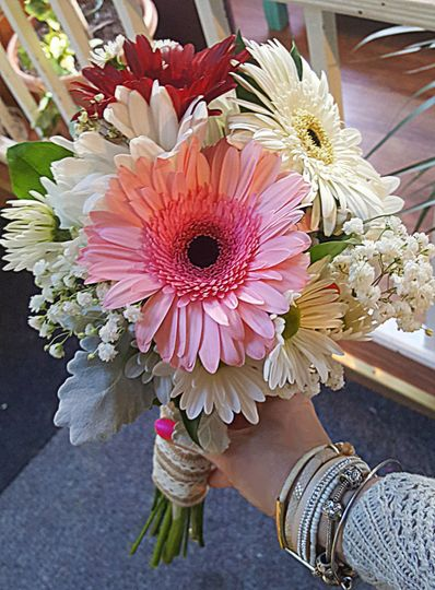 Gerbera Clutch Bouquet