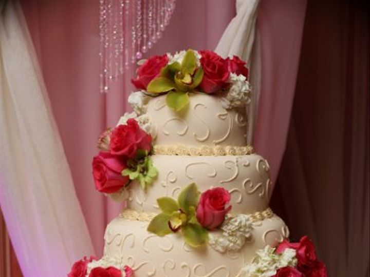 Tmx 1315629191275 Rosesweddingcake Newburgh, New York wedding florist
