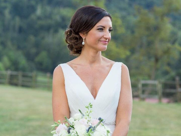 Tmx 1485535327381 1452053312764477290324506865104443652944071n Asheville, North Carolina wedding beauty