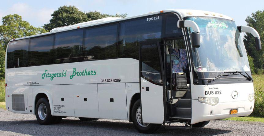 bus22 exterior