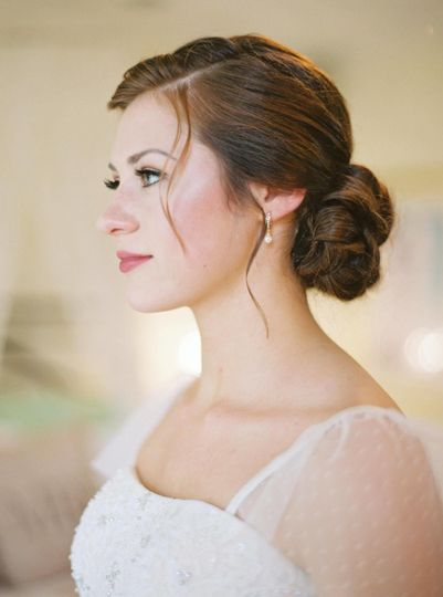 Classic bridal hair and makeup