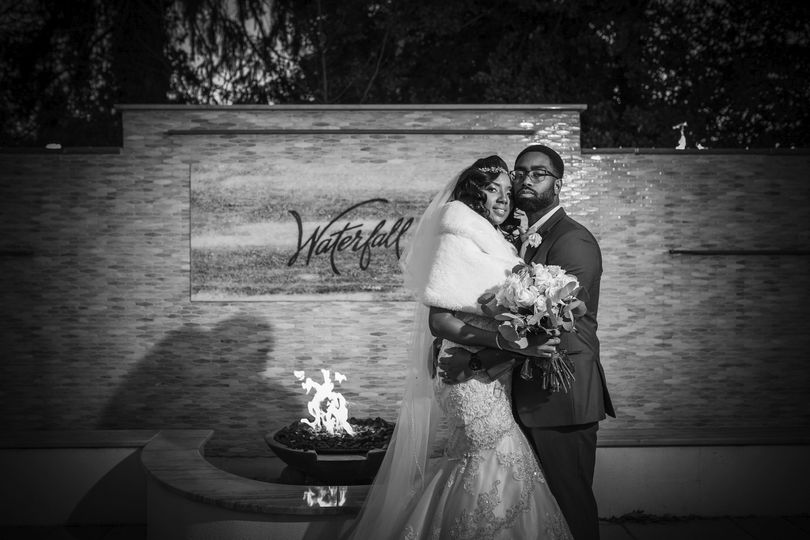 the waterfall catering wedding karissagraylin livingston lee photography 327 51 641199 1572045133