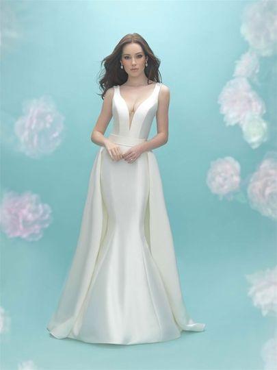 LuLu\'s Bridal - Dress & Attire - Dallas, TX - WeddingWire