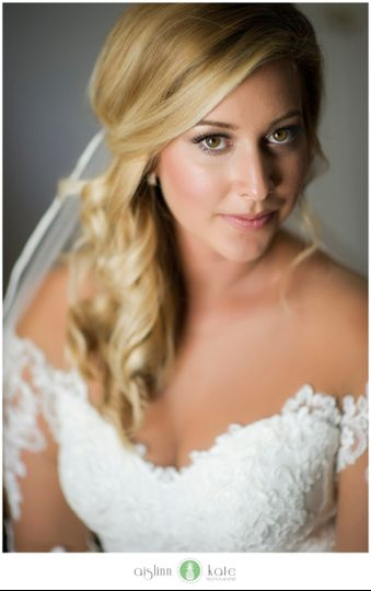 JMUAH! Jillian Jensen Holt MakeUp Artist & Hairstylist