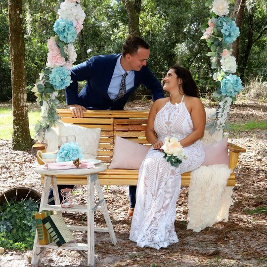 Elopement outside with pops of blue color