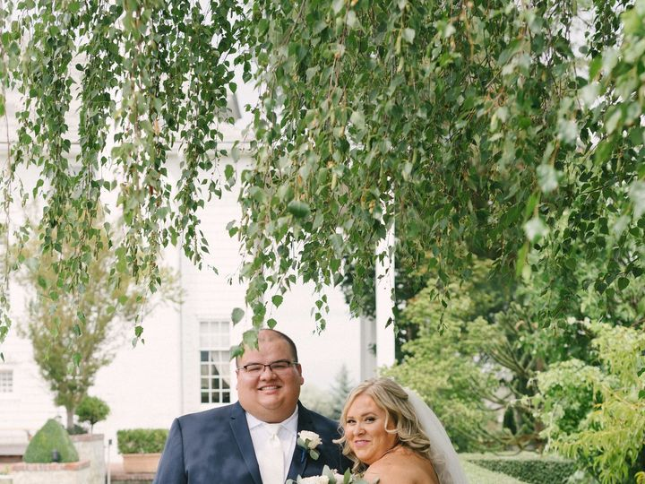 Tmx 1513877748389 Valdez2 Bridegroom 54 Medford, Oregon wedding rental