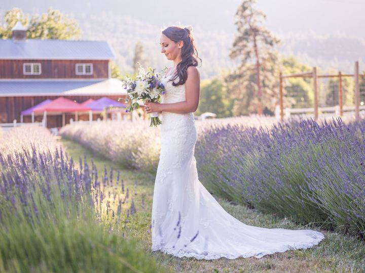 Tmx 1513899418738 Lavenderlovenicolefieldbouquet   Copy Medford, Oregon wedding rental