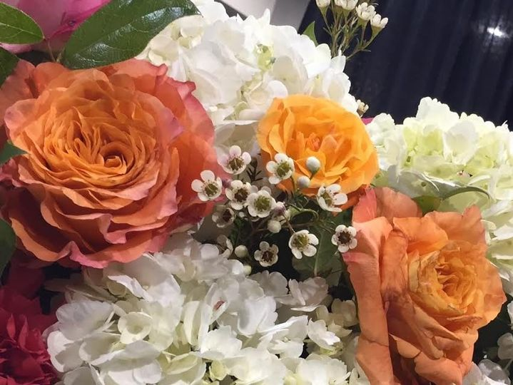 Orange roses make a statement