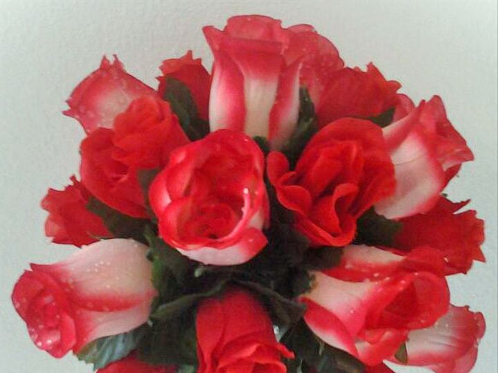Tmx 1415886826845 Small Red Rose Bouquet2 Tampa, FL wedding eventproduction