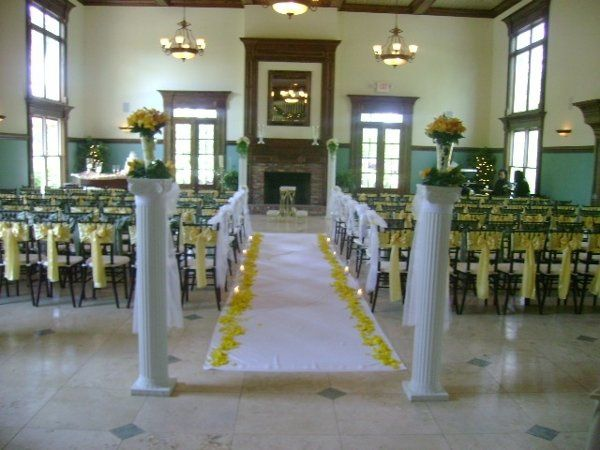 Chiavari Chair with Alternating Satin Sash for Wedding Ceremony.