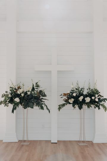 Shiplap + Old wooden cross