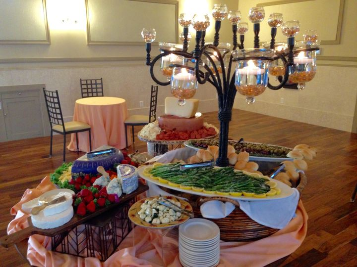 Tmx 1473521359305 Fullsizerender Des Moines, IA wedding catering