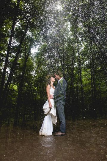 Rainy day love Michelle Rojas Photography