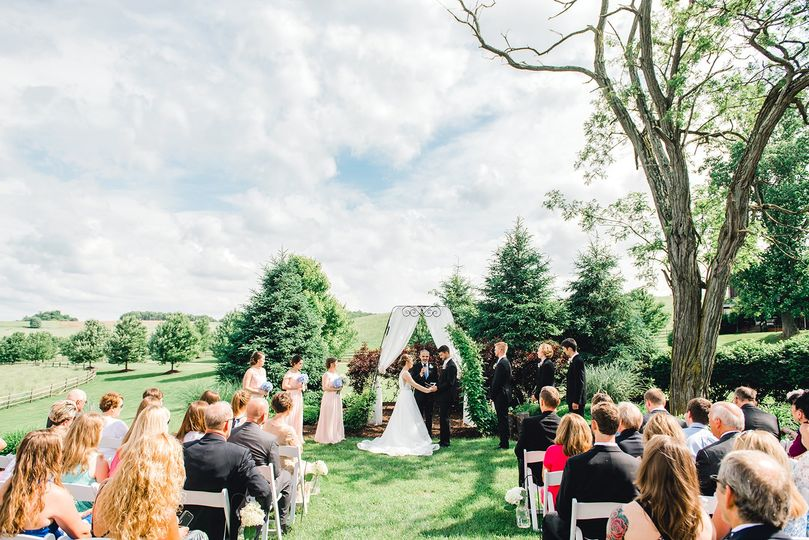 Fieldstone - Outdoor Ceremony