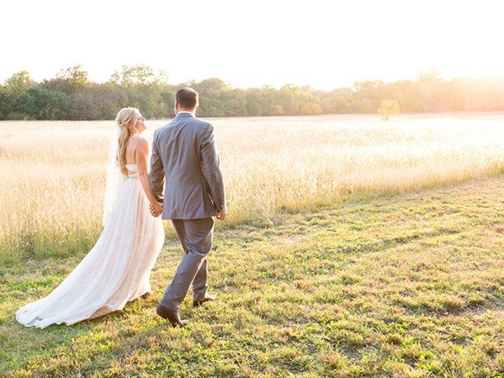 Tmx Couple In Field 51 535299 Austin, TX wedding venue