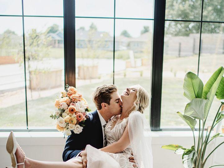 Tmx Hayleyericfavs186 51 168299 159968265530017 Des Moines, IA wedding photography