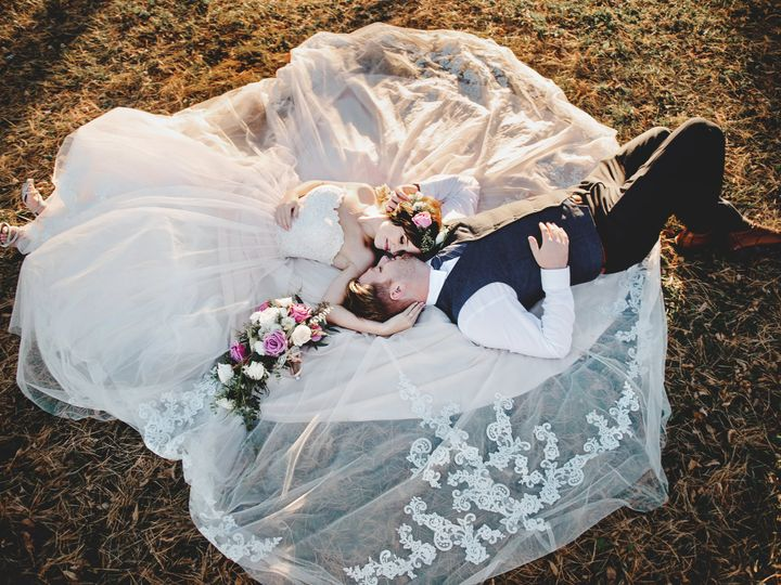Tmx Paigeblakefavs213 51 168299 159968274680193 Des Moines, IA wedding photography
