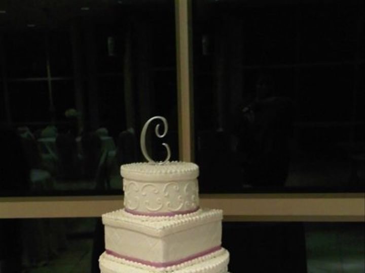 Tmx 1261011493722 LesesneWeddingCake112609 Beltsville, District Of Columbia wedding cake