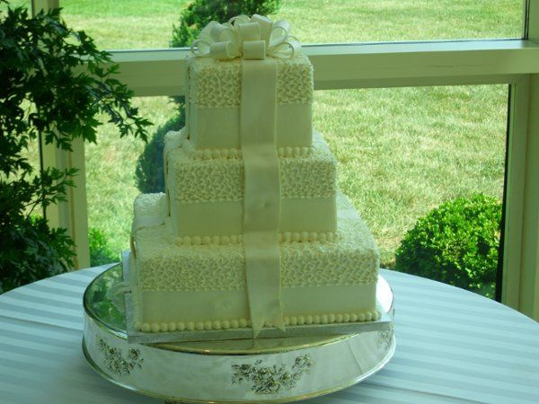 Tmx 1318470184539 HalfLaceSquare Beltsville, District Of Columbia wedding cake