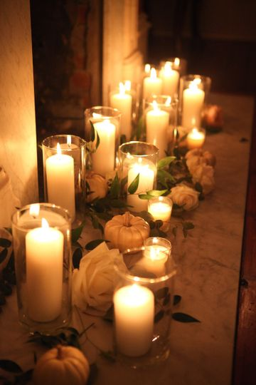 Flora and candle lights