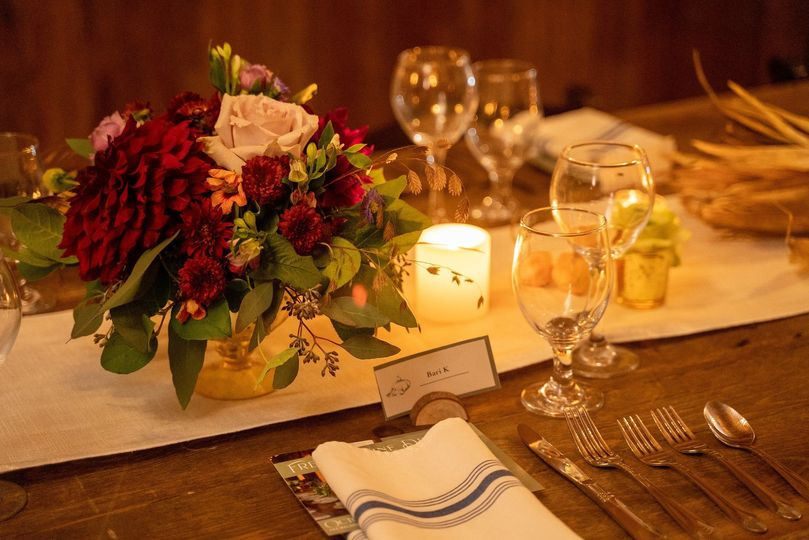 Warm and inviting centerpieces