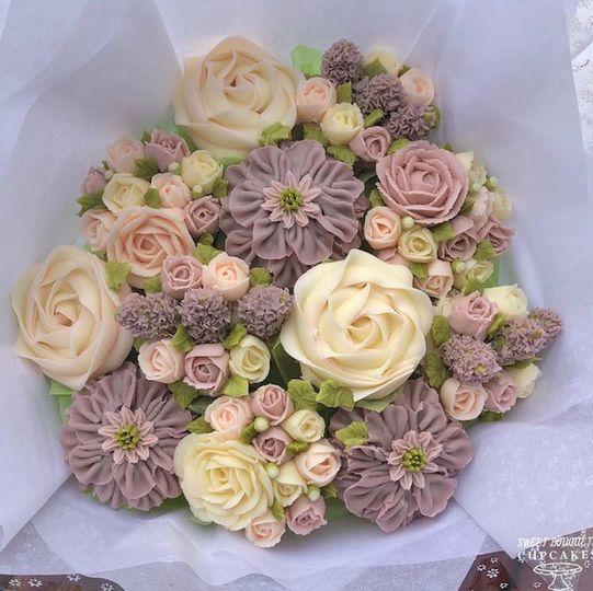 Lavender-themed cupcake bouquet