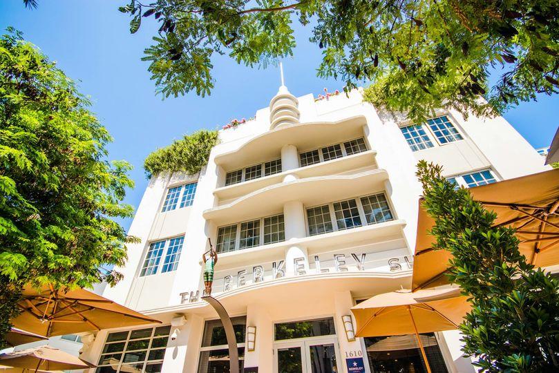 Art Deco façade