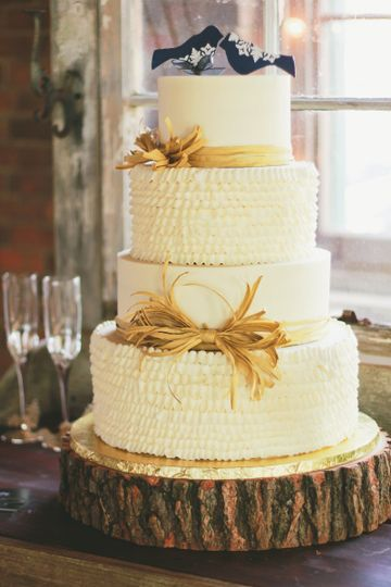 Hamley Bake Shoppe - Wedding Cake - Meridianville, AL - WeddingWire