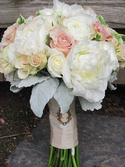 bouquet with cameo brooch