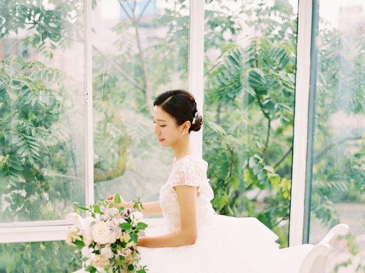 Tmx 00044 51 1709399 1571096622 New York, NY wedding florist