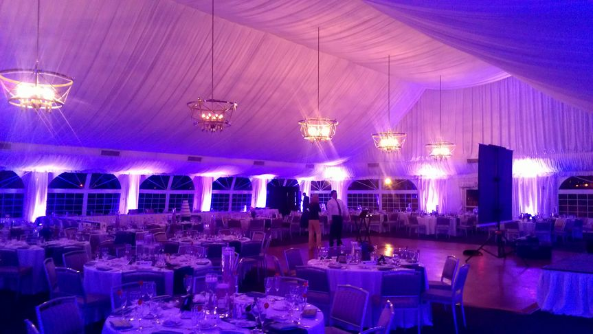 uplighting by endless entertainment chicago 35