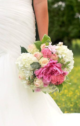 Pretty and pink rustic