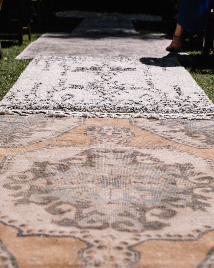 Vinatage rugs from Stardust