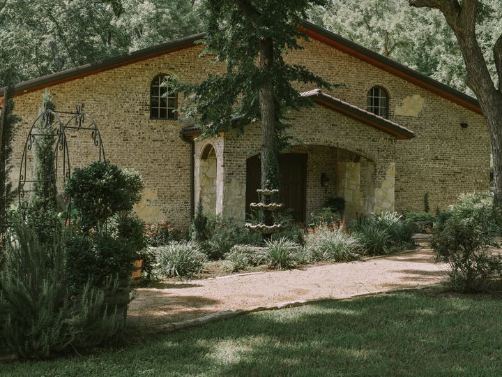 Tmx Dsc 2563 51 780499 Waxahachie, TX wedding venue