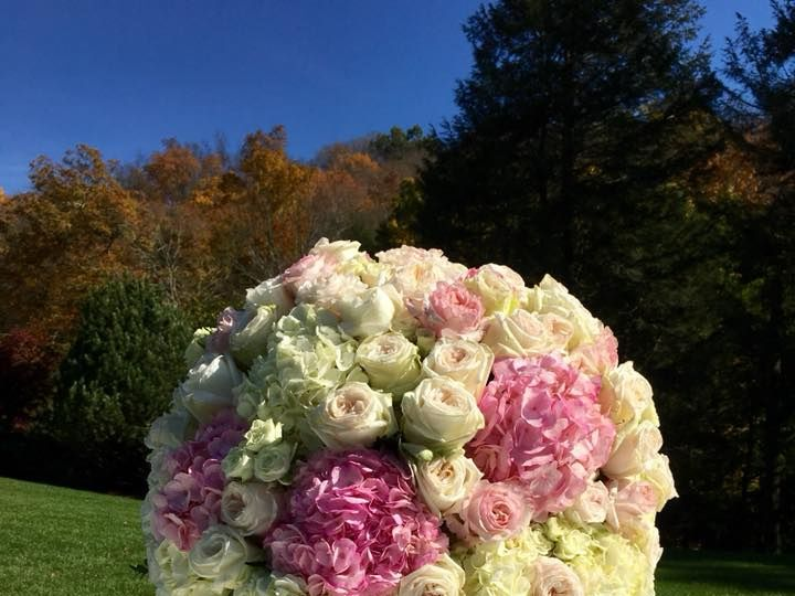 Tmx 22814185 1601281913225639 6687509345018226966 N 51 521499 V1 New Milford, CT wedding florist