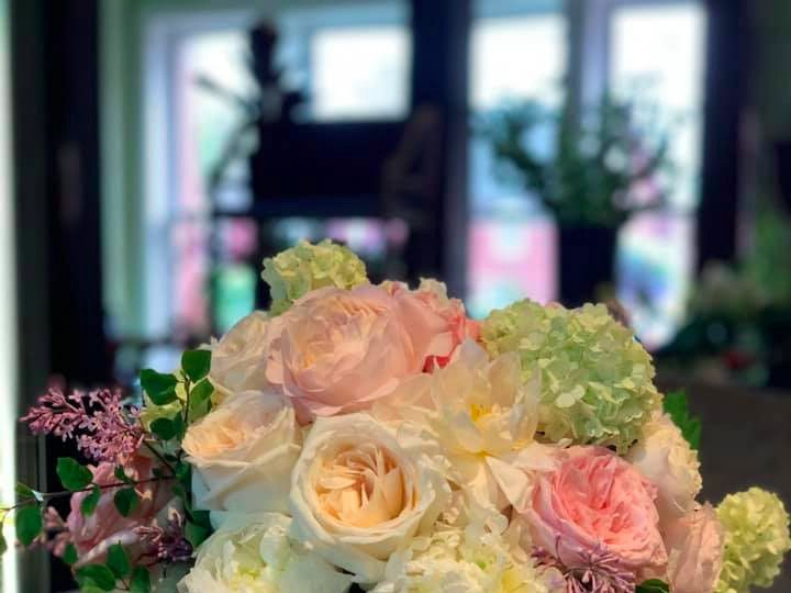 Tmx 60964524 10211114227531899 80526749854597120 N 51 521499 158060410974463 New Milford, CT wedding florist