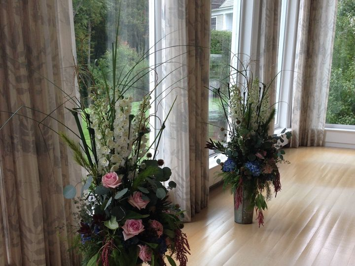 Tmx Luisa 164 51 521499 New Milford, CT wedding florist
