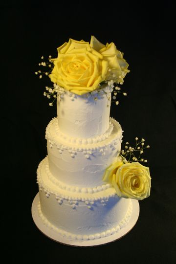 yellow rose weddin