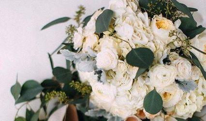 Artsy Flora Floral Boutique
