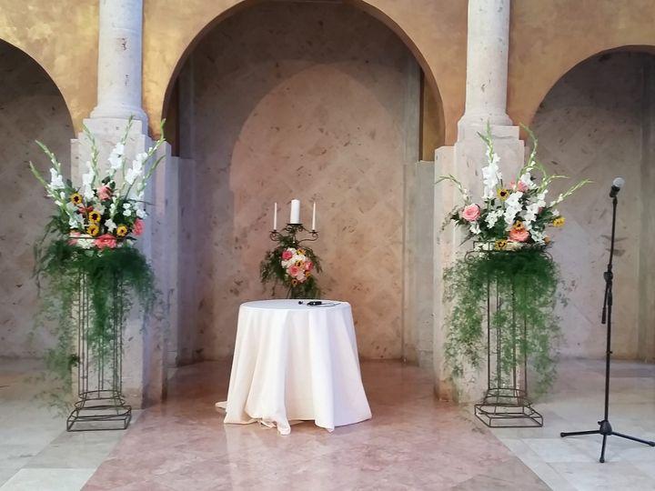 Tmx 20141017 175117 51 534499 159974558069888 Houston, TX wedding florist