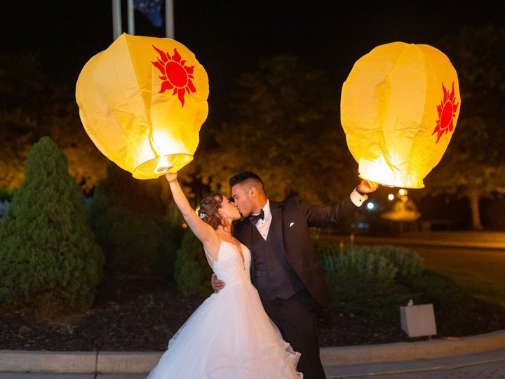 Tmx Chinese Lantern Sendoff 51 75499 1570554255 Chesterton, IN wedding venue