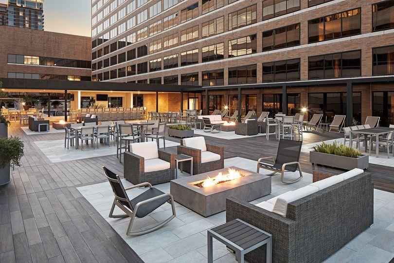 houmc rooftop patio overall dusk 51 1027499 1573079295