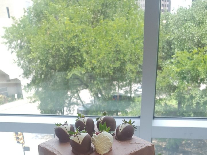 Tmx 1502089818491 Phone Pics 1622 Wills Point, Texas wedding cake
