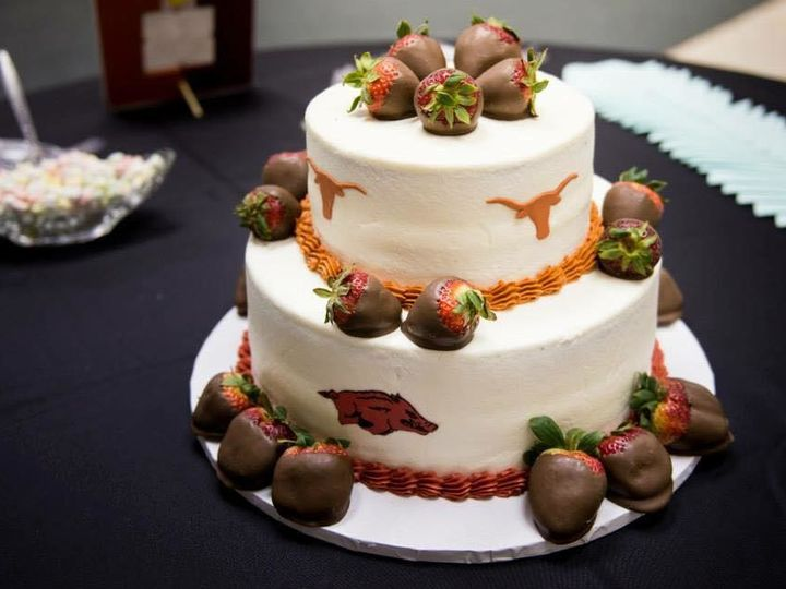 Tmx 1502128372079 2062102314501396517007088229245584346422471n Wills Point, Texas wedding cake